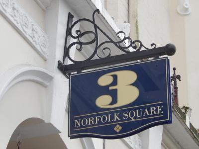 3 Norfolk Square - Laterooms