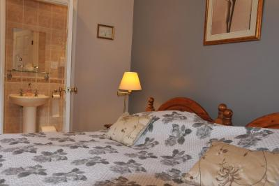 Dragon House, Guest Accommodation - Laterooms