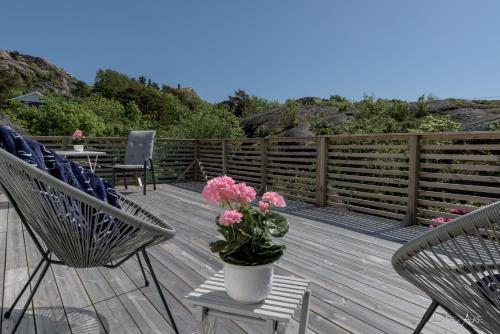 A balcony or terrace at Saltkust Bed & Breakfast