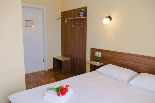 Кровать или кровати в номере Fisch Herberg - Сельдь Царский Посол