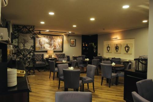 Ресторан / где поесть в Акапелла на площади Восстания