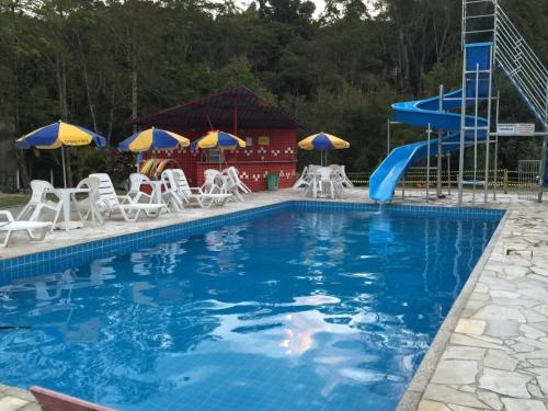 A piscina localizada em Pousada Suarez ou nos arredores
