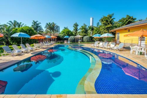 A piscina localizada em Pousada Paiol ou nos arredores
