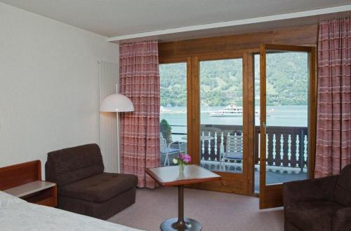 Ein Sitzbereich in der Unterkunft Seehotel Bönigen
