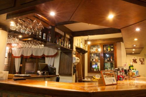 Лаундж или бар в Hotel Bahia Nueva