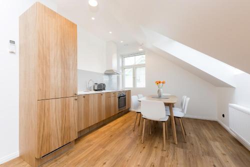 Köök või kööginurk majutusasutuses Tallinn Apartment Hotel - No Contact Check In