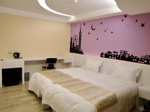 台灣大飯店 房間的床