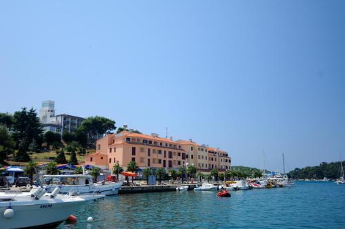 Apartments Riva