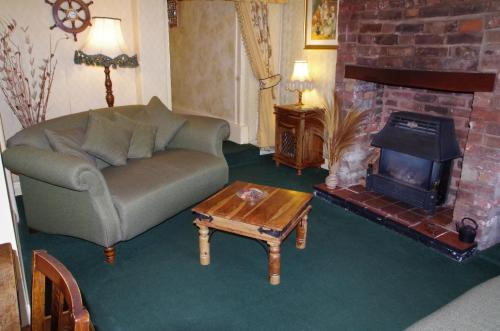 A seating area at Marthas Cottage