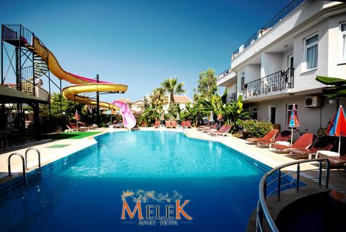 The swimming pool at or close to Melek Apart Hotel
