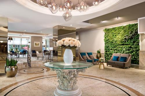 The lobby or reception area at The Westin Zagreb