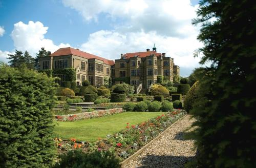 Fanhams Hall, Exclusive Collection