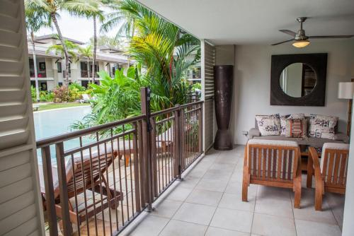 A balcony or terrace at 131 Sea Temple Luxury Swimout Apt.