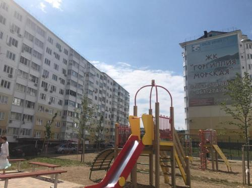 Children's play area at 1-ком. квартира