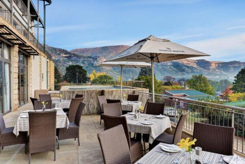 A restaurant or other place to eat at Protea Hotel by Marriott Clarens