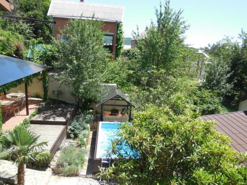 Вид на бассейн в Гостевой дом Рита или окрестностях