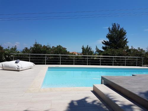 Πισίνα στο ή κοντά στο Βίλα Άννα Μαρία