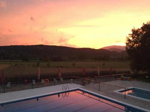 The swimming pool at or near El Mirador de Ainsa