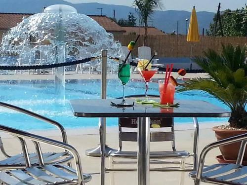 Бассейн в Hotel Il Platano или поблизости