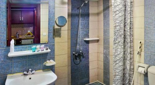 حمام في فندق كونكورد مكة