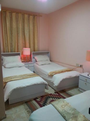 เตียงในห้องที่ My Home Petra