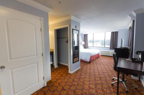 A television and/or entertainment center at Peers Hotel