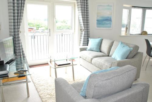 Accommodation Windsor Ltd - Pavilions Apartments