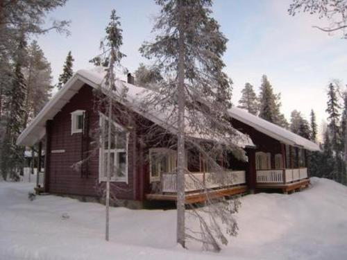 Holiday Home Sammalkaltio 1 during the winter