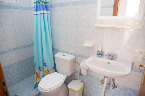 Ένα μπάνιο στο Haraki view