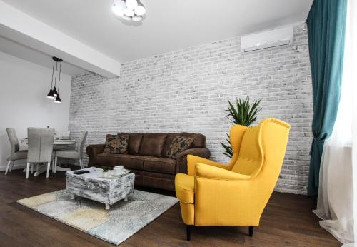 A seating area at 100 sqm luxury apartment, Unirii Square