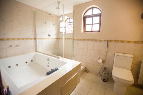 A bathroom at Pousada Big Bear