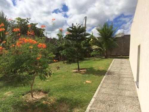 A garden outside B & B Alcelinda