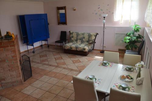 Гостиная зона в Гостевой Дом у Марины