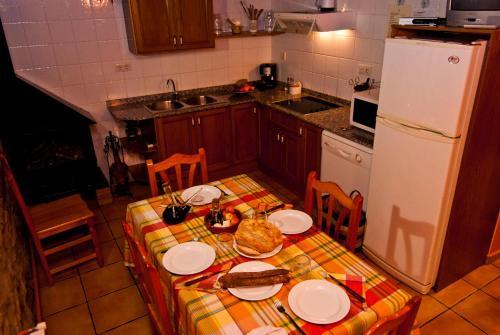 Una cocina o kitchenette en Casa Cal Pastor