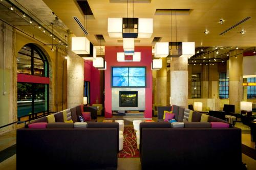 The lobby or reception area at Aloft Dallas Downtown