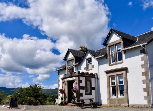 Colintraive Hotel