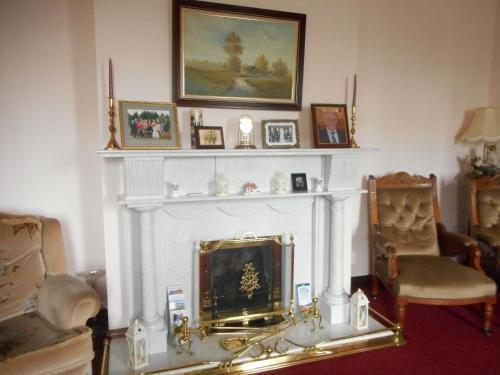 A television and/or entertainment center at Springfield House B&B