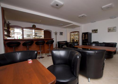 Lounge nebo bar v ubytování Penzion Laskala Tišnov