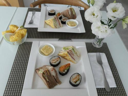 Breakfast options available to guests at Young Stay