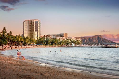 アパートホテルの敷地内または近くにあるビーチ