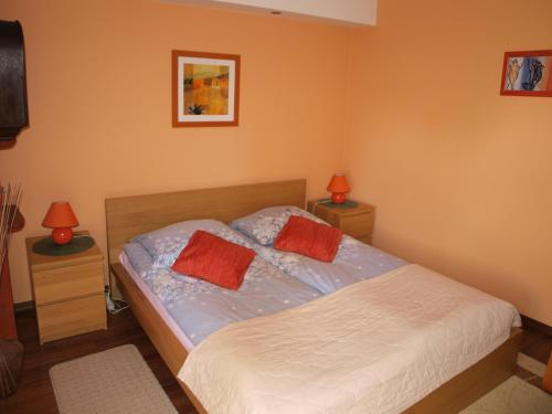 A bed or beds in a room at Monte Cassino Apartament