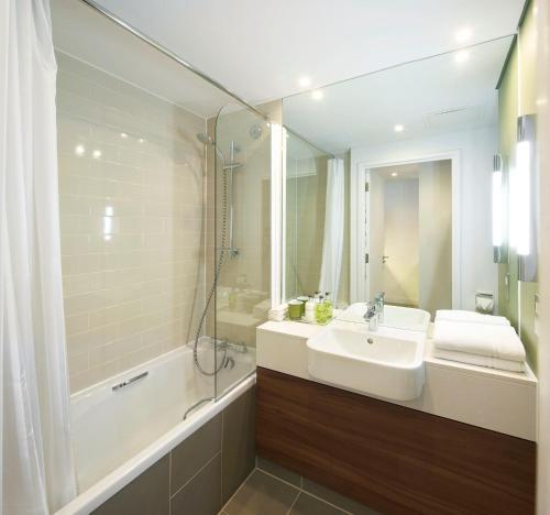A bathroom at Citadines Holborn - Covent Garden London