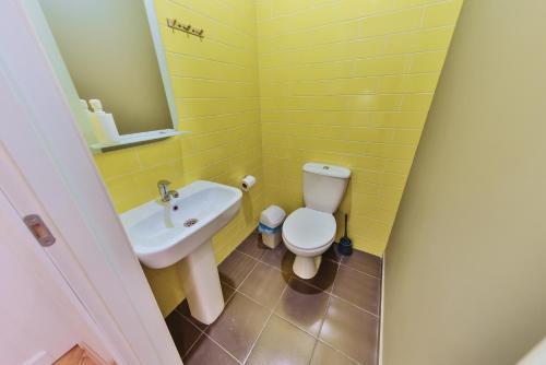 A bathroom at Hipstel