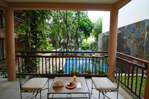 Ein Balkon oder eine Terrasse in der Unterkunft Tukan Hotel & Beach Club