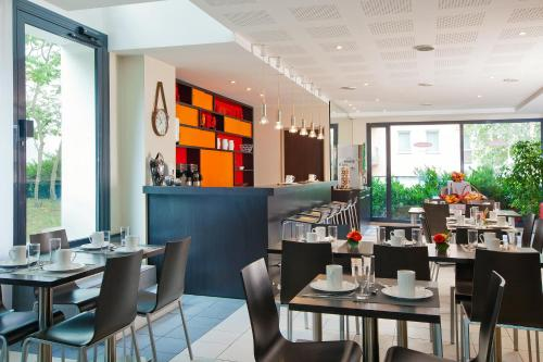 Restaurant ou autre lieu de restauration dans l'établissement Residhome Nancy Lorraine