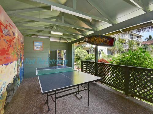 Ping-pong facilities at Allamanda Retreat 30 or nearby
