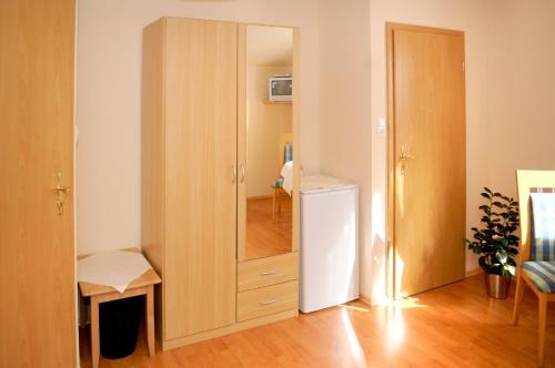 Ein Badezimmer in der Unterkunft Landgasthof Heuer