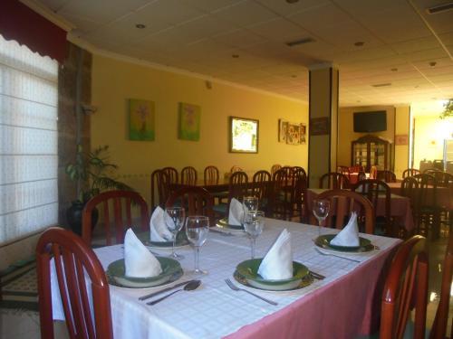 Un restaurante o sitio para comer en Hotel Vimar