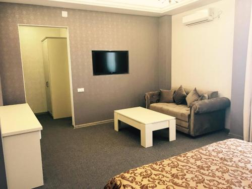 Гостиная зона в Central Hotel