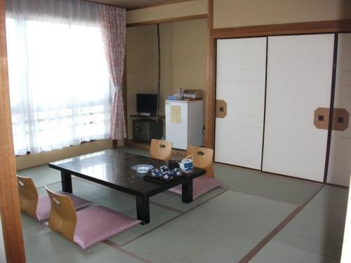 A television and/or entertainment center at Hanayagi no Sho Keizan